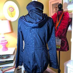 BCBGeneration Jackets & Coats - BNWOT BCBG Raincoat